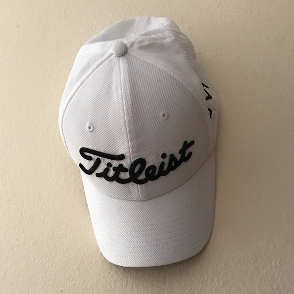 c13284c2900 Titleist Accessories